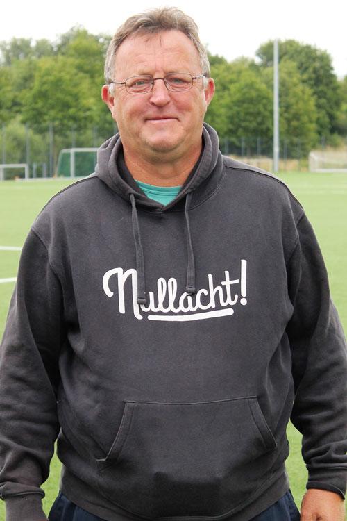 Bernhard Mennes